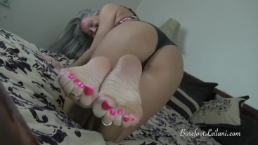 Milf Teasing You with Her Delectable Feet