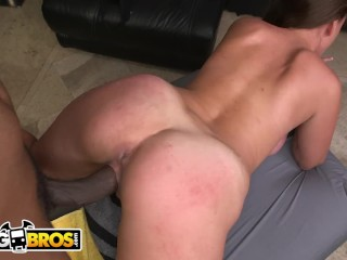 BANGBROS – Big Booty Masseuse Skyler Luv Wrecked By Charlie Mac's BBC