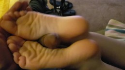 USING HER BARE FEET: Relaxing Footjob from Victoria Valentine - Full Movie