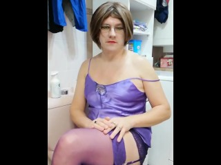 Patty Crossdresser ready to go to bed