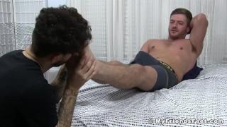 Cumming Sean Holmes wakes up during feet worship porno