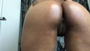 Hot Oiled Ass