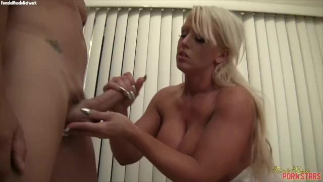 Woman porn star - Muscular porn star alura tnt jenson handjob cumshot