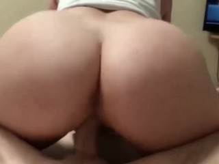 Couple creampie orgasm together