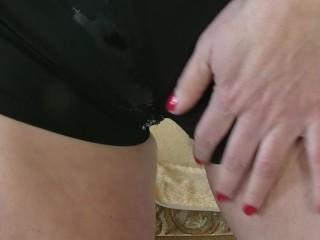 Redneck walmart sex tape girlfriend plays with her pussy until orgasm masturbate narelle blon