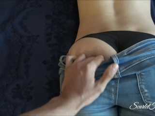 Bubble Butt Stepsister Looked Way Too Hot In Just Her Jeans And Bra!