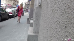 GERMAN SCOUT - TEENY SHONA BEI ECHTEM STREET CASTING OHNE KONDOM GEFICKT