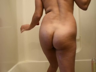 First EVER Video: Shower Time! - Annalise Shields