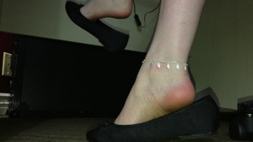 Candid Shoeplay Dangling Teen Arches In Flats