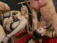 Crazy double penetration foursome with Bonnie Rotten and Kleio Valentien