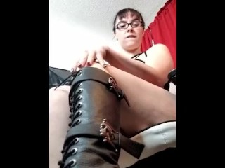 Boot Worship Sexting Session Mobile Friendly!