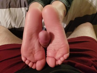 Stepsister Smelly Footjob