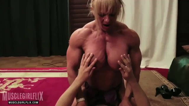 Should bodybuilders compete nude - Female bodybuilder nude mixed wreslting session