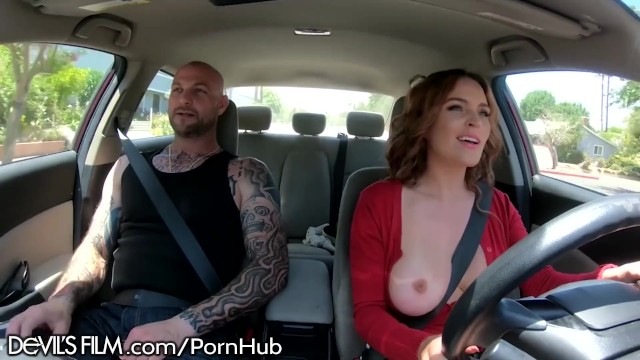 DevilsFilm Krissy Lynn Offers Ride Shares on Boober!