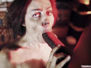 Femme celibataire a carbon blanc suceuse salope baise