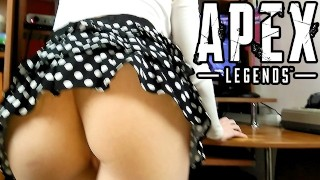 Fucked his girlfriend while she was playing Apex Legends | POV Cum on Face