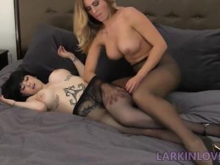 Long Lesbian Legs Tribbing In Pantyhose