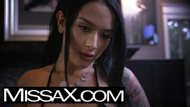 Erotic tease stories Missax.com - through new eyes - sneak peek