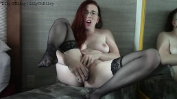 Sexy Redhead Begs to Squirt