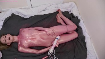 Messy Oil Cumshow