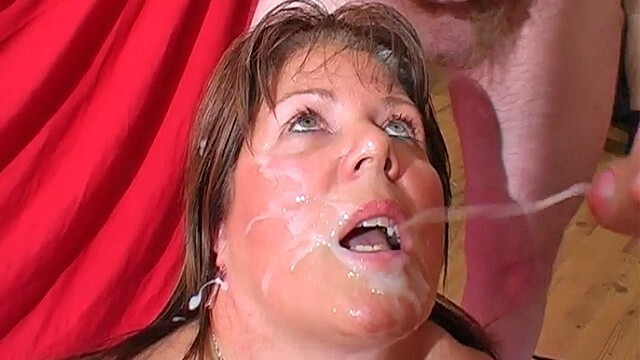 We love bukkake videos - Mature stacy takes a heavy spunking
