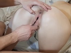 The camera inside the pussy emoves the penetration of the penis.