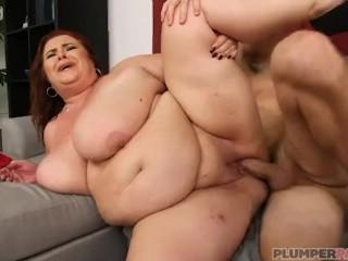 Sexual Intimacy Progressive Dinner Super Busty Milf Lady Lynn Shows Off Her Curvy Body, Bbw Big