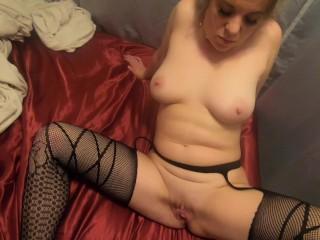 Nude female bodybuilding large clitoris