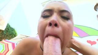 Epic Blowjobs: cum in her throat