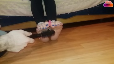 Tickling feet after workout