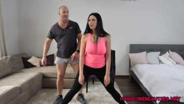 Fake Trainer - Mac convinces Kira Queen back for some doggy style