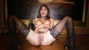 Riley Reid teases soaking wet pussy