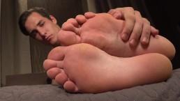 Simon Holen - Feet