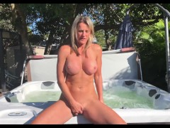 Hot Tub Honey (South Beach)