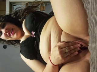 Cute girlfriend with big natural tits rubbing her fat clit - Horny Nicky
