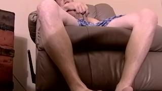 Jock amateur Keith jerking off and interracial blowjob Cock smoking