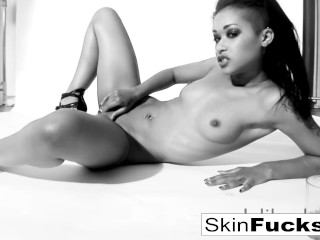 Sexy Skin Diamond playing with her wet pussy