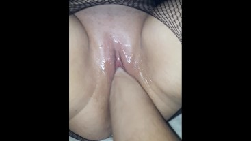 Please, fuck me with your fist, honey! I will squirt all of you!