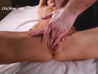 Lilu Moon Oil Massage and Cum Hard