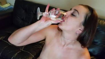 Slut gargles and drinks 28 loads of cum for New Years