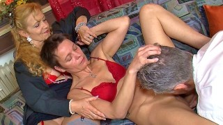 Mature amateur licks out older woman after a fuck