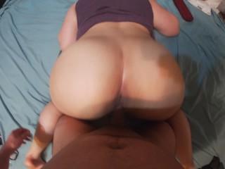 Big booty wife getting fucked doggystyle