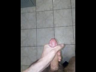 masturbation and cun on public toilet