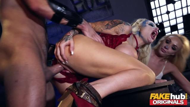 Онлайн видео порно пародия такси фотографии девушка колготках