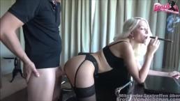 Junge Hure bestellt - 18yo cute skinny blonde prostitute fucks rich man