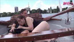 Sex auf dem Boot - outdoor sex in a boat on a public river with real slut
