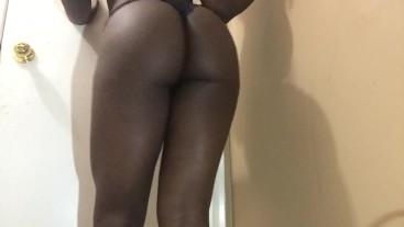 Please Me Sexy Black Slut StripTease ;)