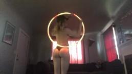 Sexy hula hoop strip show / FlowHoe