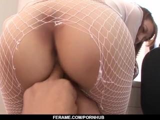 Nide blowjob on her knees from Mai Shirosaki – – More at Slurpjp.com