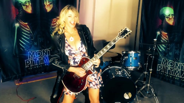 Tube vicky vette anal addicts - Can a pornstar be taught how to play guitar by a rock god